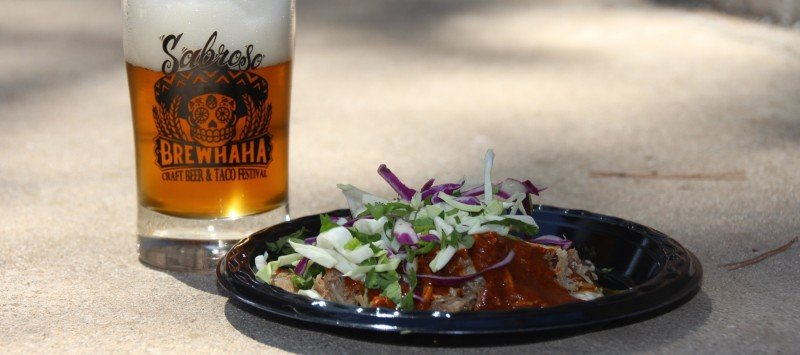 taco and beer at sabroso craft taco festival